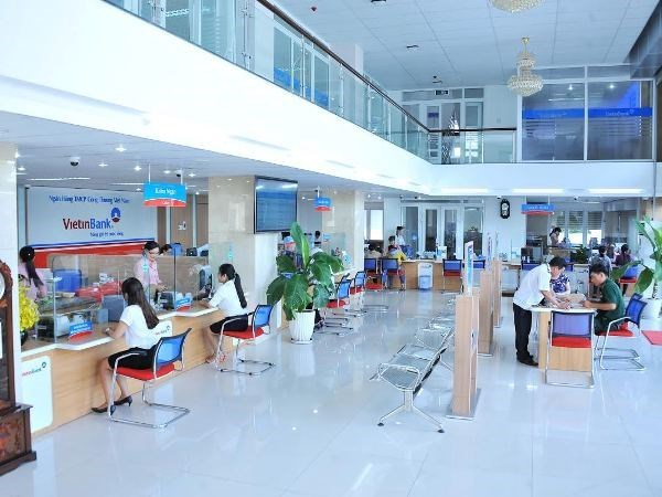 Moody's upgrades Vietnamese bank hinh anh 1