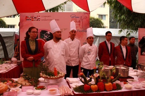Hanoi food fest features culinary arts of other countries hinh anh 1