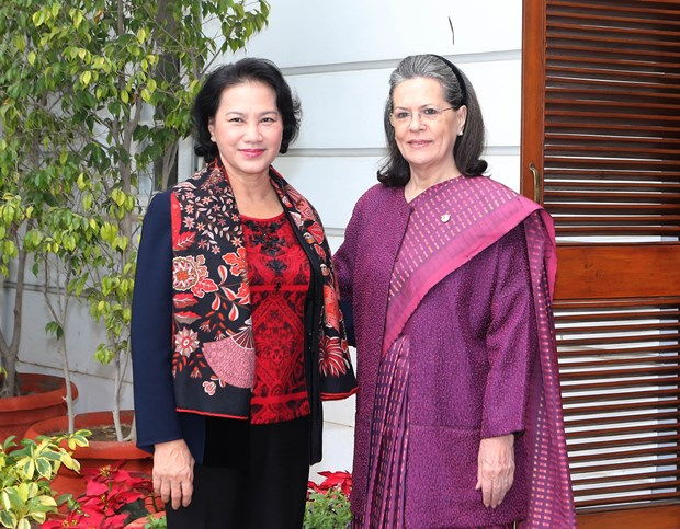 Parliament speaker meets with India's party leaders hinh anh 1