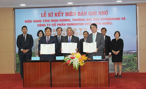 RoK partners help southern provinces with personnel training hinh anh 1