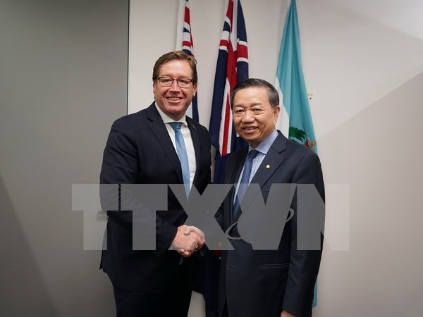 Vietnam, Australia boost links in combating crime hinh anh 1