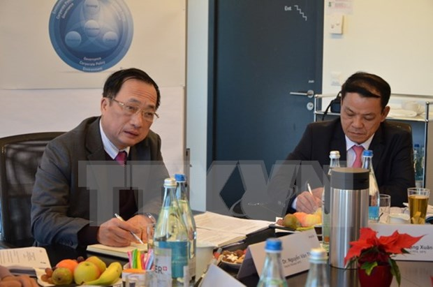 Vietnamese ministry, Swiss institute boost links in security management hinh anh 1