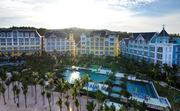 JW Marriott Phu Quoc Emerald Bay resort put into service hinh anh 1