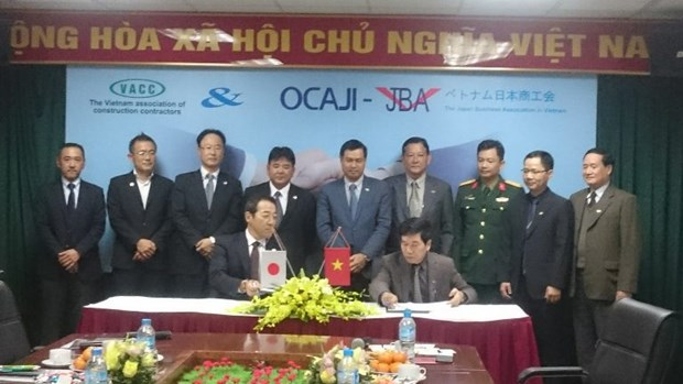 Vietnamese, Japanese contractors forge cooperation hinh anh 1