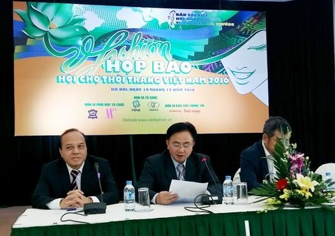 Over 150 firms to participate at Vietnam fashion fair 2016 hinh anh 1