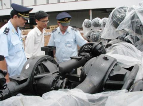 Vietnam imports 8.3 billion USD of equipment from China hinh anh 1