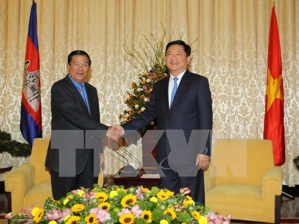 PM Hun Sen thanks HCM City for supporting Cambodian localities hinh anh 1