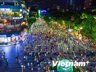 CNN to promote Hanoi in 2017 hinh anh 1