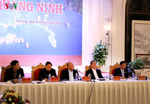 Prime Minister directs development measures for Quang Ninh hinh anh 1