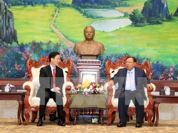 Lao leader lauds cooperation in popularisation work with Vietnam hinh anh 1