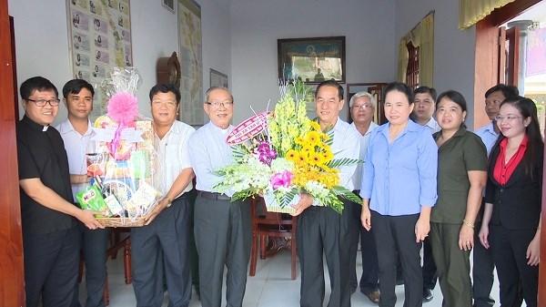 Xmas greetings to Binh Duong Christians hinh anh 1