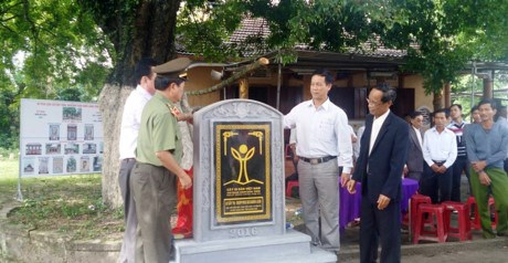 Quang Nam's gold apple trees recognised as national heritages hinh anh 1