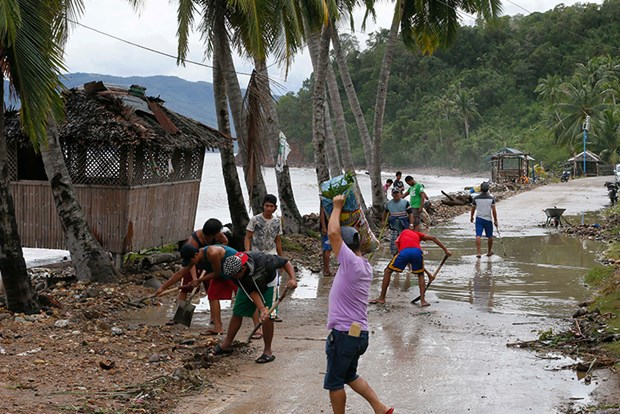 Damage from typhoon Nock-Ten to Philippines reaches 80 million USD hinh anh 1