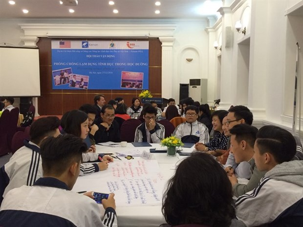 Knowledge, cooperation can prevent sexual abuse in schools hinh anh 1