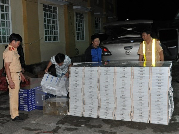 More than 15,400 smuggling cases uncovered in 2016 hinh anh 1