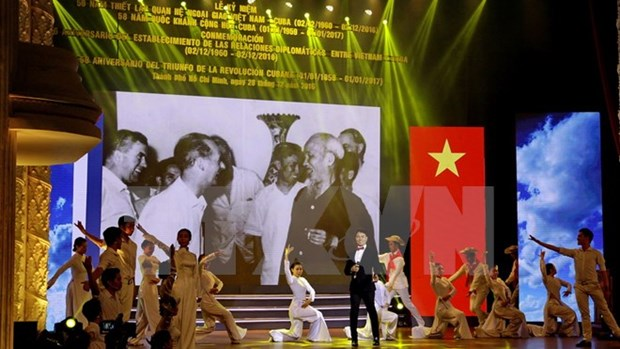 Vietnam-Cuba diplomatic relationship marked in HCM City hinh anh 1