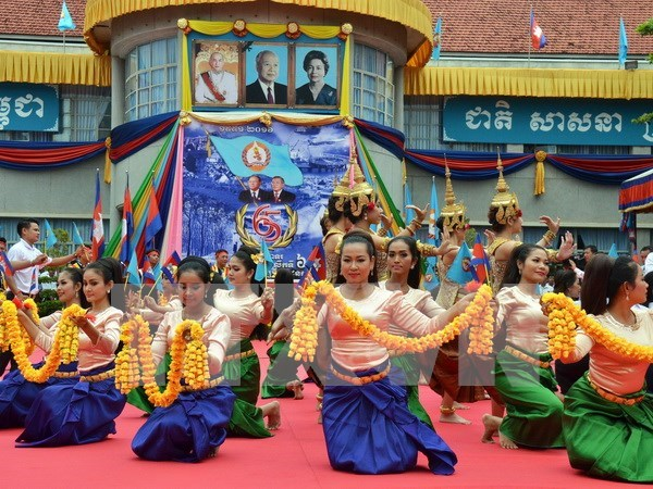 Cambodia hosts ASEAN-China joint cultural festival hinh anh 1