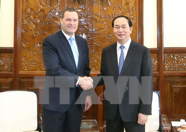 President greets outgoing Czech ambassador hinh anh 1