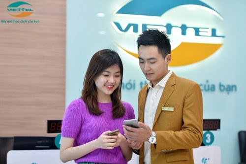 Viettel gives users free SIM before 4G launch hinh anh 1