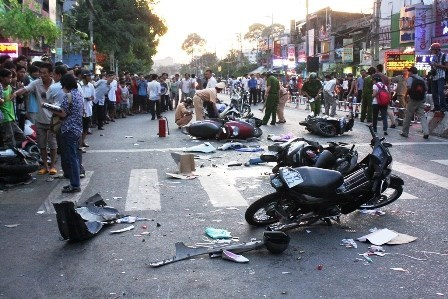 Nearly 80 killed by traffic accidents during New Year holiday hinh anh 1