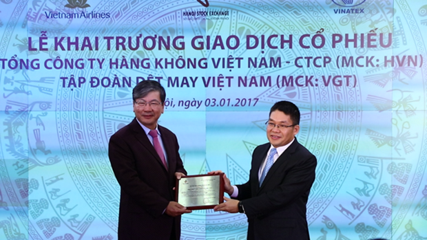 Stock market provides one-fourth of capital supply hinh anh 1