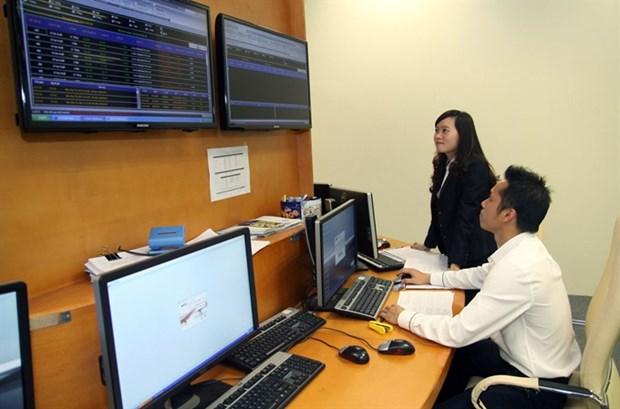 Vietnam stocks up at start of 2017 hinh anh 1