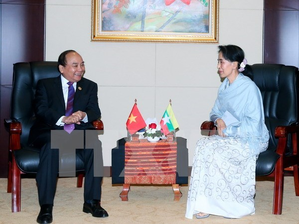 Vietnam congratulates Myanmar on Independence Day hinh anh 1