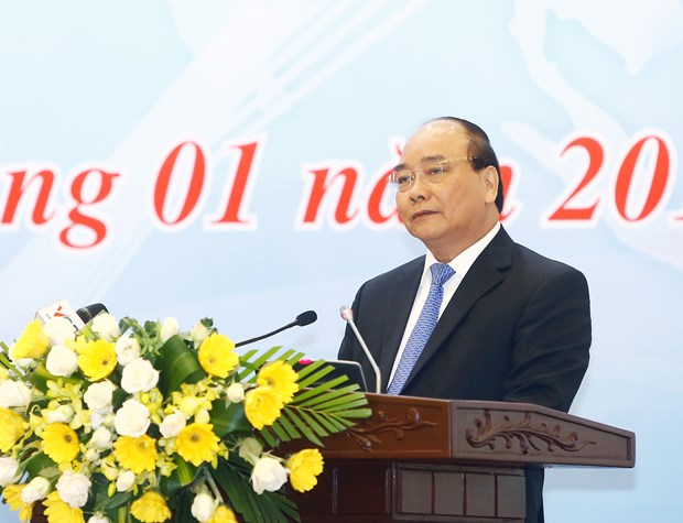 PM urges shift to innovation industries hinh anh 1