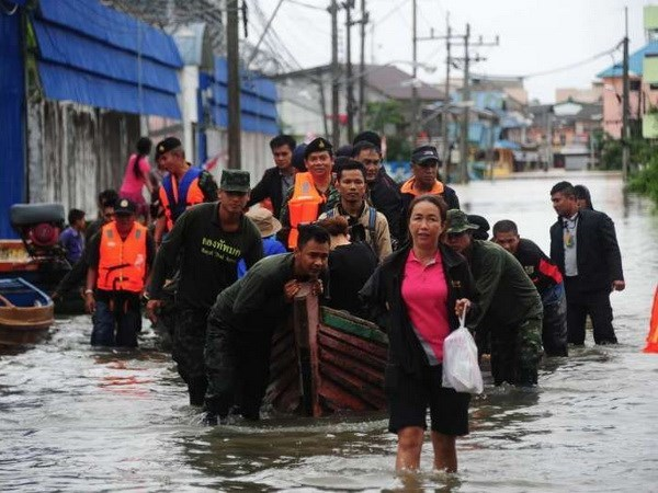 Floods continue to ravage southern Thailand hinh anh 1