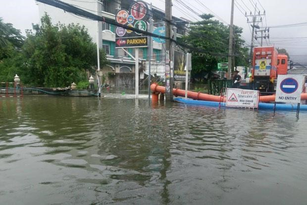 Flood in southern Thailand kills at least 12 hinh anh 1