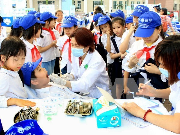 85 percent of Vietnamese children have tooth decay hinh anh 1