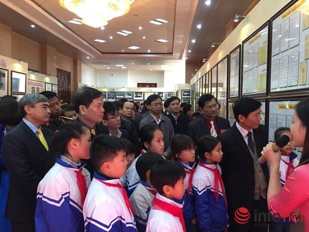 Lai Chau becomes 53th destination of Hoang Sa, Truong Sa exhibition hinh anh 1
