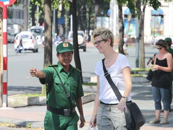 HCM City's tourism association seeks visa exemptions extension hinh anh 1
