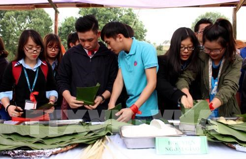 Foreign students in Vietnam gather for Tet celebration event hinh anh 1