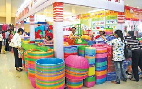 Plastics exports forecast to rise 6 percent in 2017 hinh anh 1