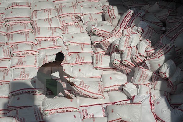 Thailand to sell all rice reserves in 2017 hinh anh 1