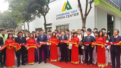 RoK firms fund vocational training for disadvantaged youths hinh anh 1