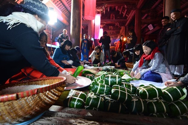 Lunar New Year festival organised at ancient communal house hinh anh 1