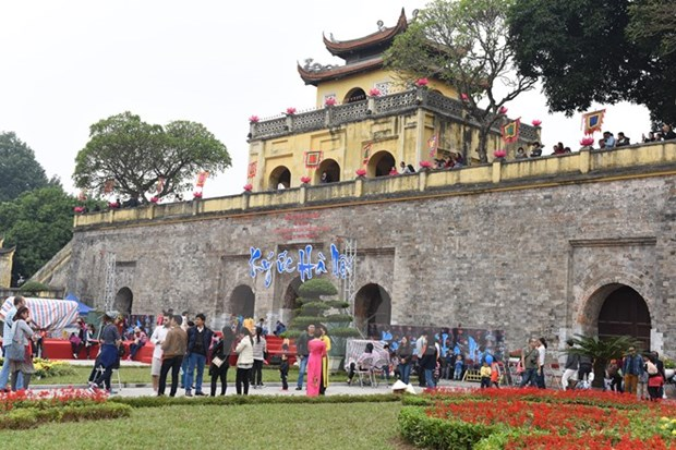 Imperial citadel newly-excavated area opened to tourists hinh anh 1