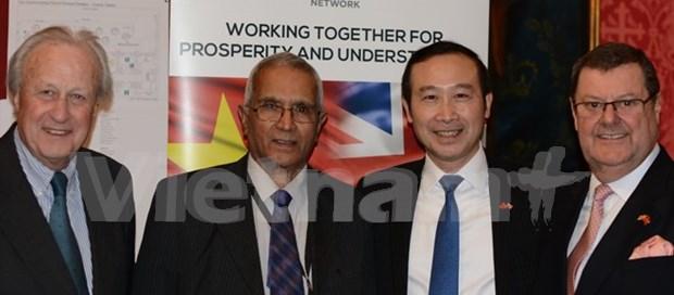 Vietnam, UK boost strategic partnership hinh anh 1