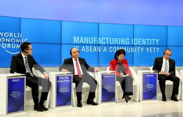 WEF Davos 2017 brings practical benefits to Vietnam: official hinh anh 1