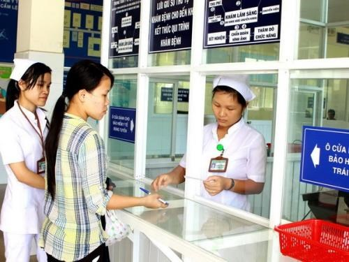 Health ministry improves administrative reforms to increase public satisfaction hinh anh 1