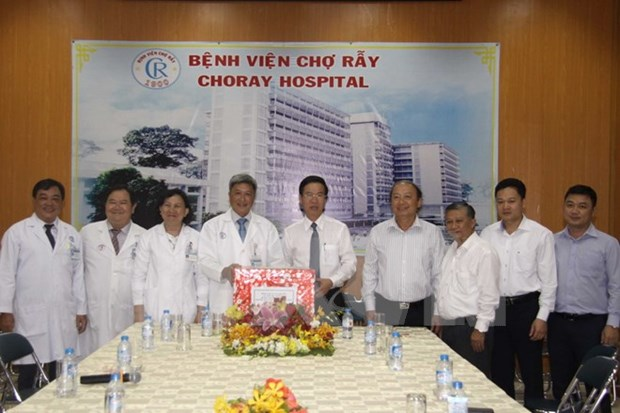 Good care should be given to patients during Tet: Party official hinh anh 1