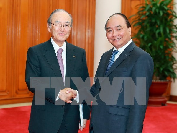 PM vows to back Japanese investors hinh anh 1