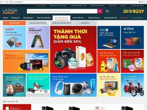 Online Tet shopping a boon for busy pros hinh anh 1