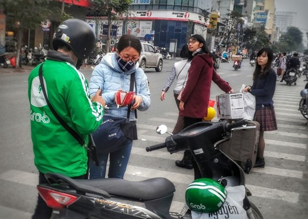 Ride apps gaining popularity in cities hinh anh 1