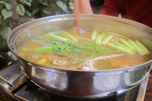 A taste of southern cuisine: keo fish hotpot hinh anh 1