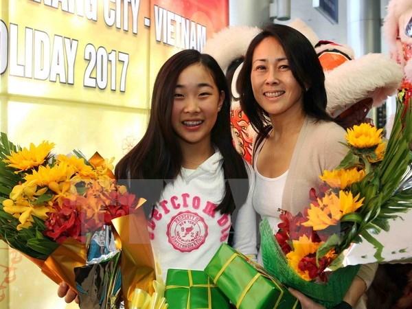 First international visitors arrive in Da Nang hinh anh 1