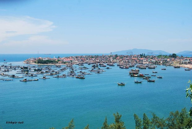 Nghi Son commune – bright spot of Thanh Hoa's island tourism hinh anh 1