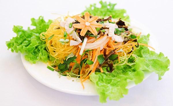Vietnam cities experience a vegan surge hinh anh 1